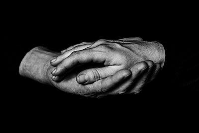 Hands III - p999m755219 by Monika Kluza