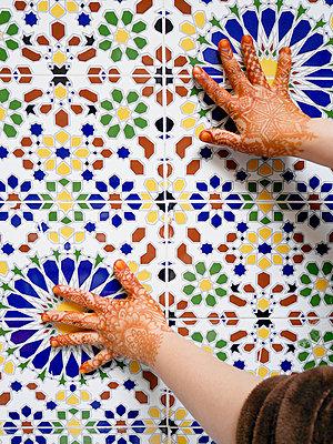 Bemalte Hände - p1021m1119161 von MORA