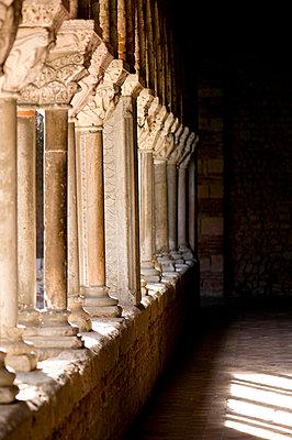 Kloster - p6120200 von Pierre c.