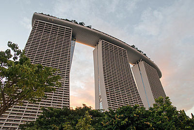 Marina Bay Sands - p795m1461521 by Janklein