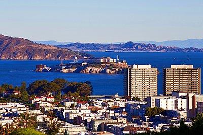 Alcatraz - p1399m1528865 by Daniel Hischer