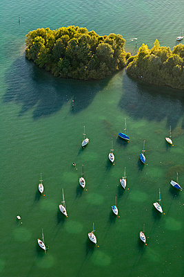 Germany, View of Anchoring sailing boats - p300m879313 by Holger Spiering