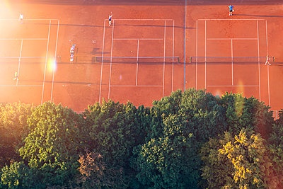 Tennis courts, drone photography - p300m1446552 by Michael Malorny