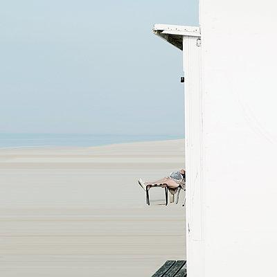 Belgium - p973m1000394 by Jennifer Rumbach