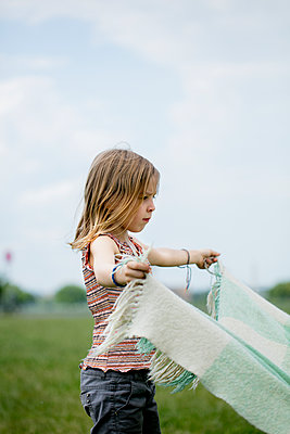 Picnic blanket - p1212m1145940 by harry + lidy