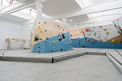 Interior of a bouldering hall - p300m2170148 by Hernandez and Sorokina
