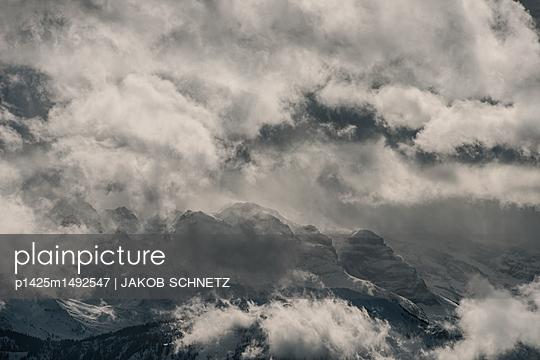 Berglandschaft Zentralschweiz - p1425m1492547 von JAKOB SCHNETZ