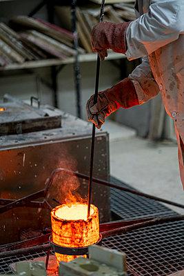 Madrid Spain, Lost wax bronze casting - p300m2286785 von Oscar Carrascosa Martinez