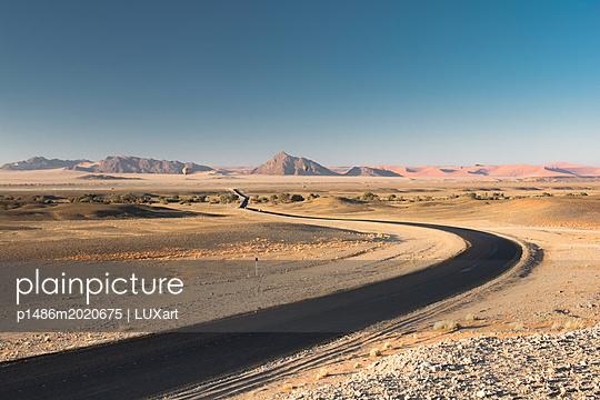 Namib-Naukluft-Park - Namibia - p1486m2020675 von LUXart