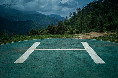 Deserted helipad on Little Adam's Peak, Sri Lanka, Asia - p934m1558817 by Sebastien Loffler