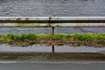 Crash barrier - p148m1000490 by Axel Biewer