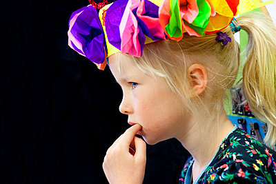 Birthday child - p896m834902 by Arenda Oomen
