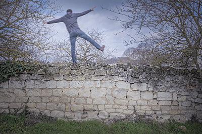 Balance - p1402m1540062 by Jerome Paressant