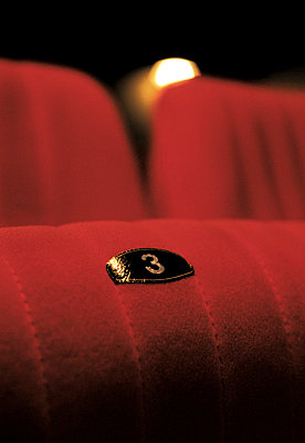 Theatre seats - p2872018 by Ralf Mohr