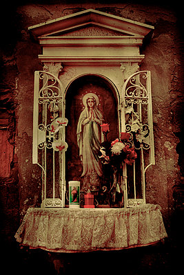 Virgin Mary on wall, Venice, Italy - p1028m2211806 by Jean Marmeisse