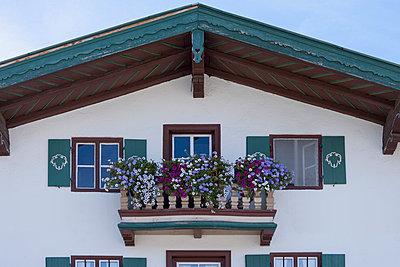 Bavarian Balcony II - p867m769923 by Thomas Degen