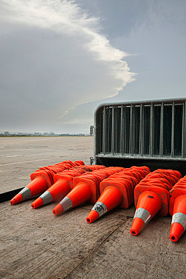 Traffic cones arranged on flatbed truck - p8360067 by Benjamin Rondel