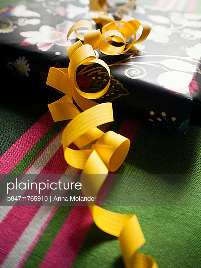 Anticipation - p847m765910 by Anna Molander