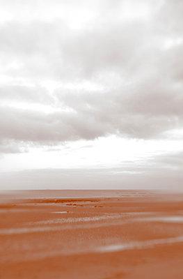 Wolken über 'Utah Beach' - p1096m880024 von Rajkumar Singh