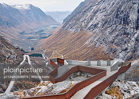 Norwegen, Geirangerfjord, Trollstigen - p1124m2228974 von Willing-Holtz