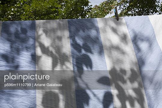 Wäsche - p596m1110799 von Ariane Galateau