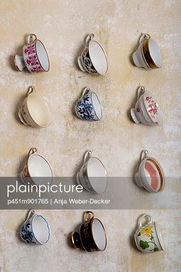 Tassensammlung - p451m901765 von Anja Weber-Decker
