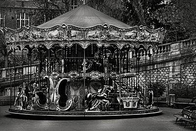 Karussell, Montmartre - p1276m1092748 von LIQUID