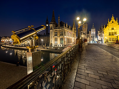 Belgium, Ghent, view from St. Michael Bridge to old town with St. Nicholas' Church and belfry at night - p300m1113456f by Martin Moxter