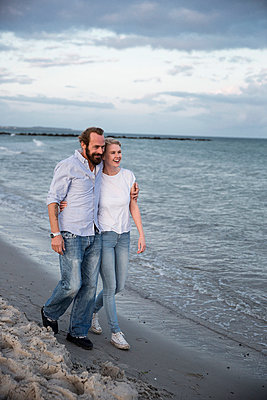 Ferien am Meer - p788m1031279 von Lisa Krechting
