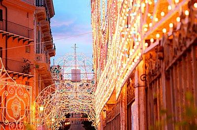 Palermo, Piazza St. Anna - p237m1083603 von Thordis Rüggeberg