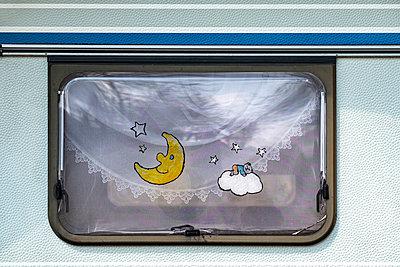 Caravan Window - p280m2229549 by victor s. brigola