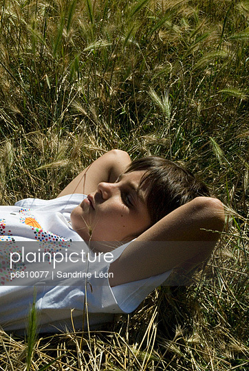 Dreaming on the grass - p6810077 by Sandrine Léon