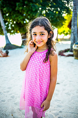 Girl wearing summer dress - p680m1513035 by Stella Mai