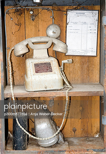 Old telephone, Close up