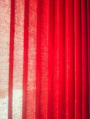 Austria, Mondsee, red curtain - p300m1010043 by Valentin Weinhäupl