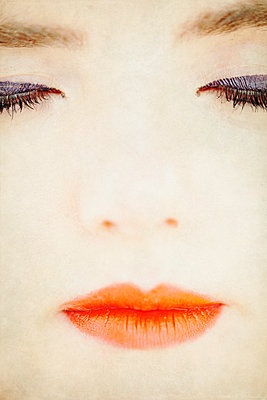 Woman Face Detail with Eyes Closed - p1248m2087685 by miguel sobreira