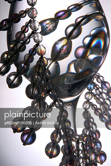 Glass and Beads - p852m2100235 by Astrid Schulz