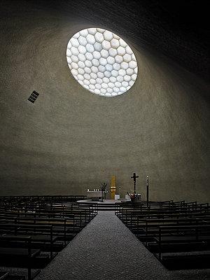 Kirche - p280m1559244 von victor s. brigola