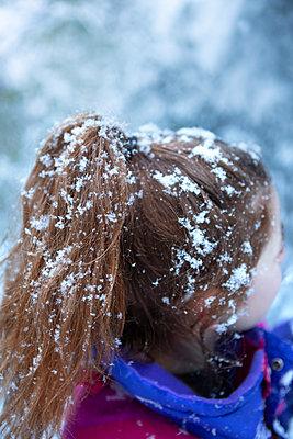 Snowy hairstyle   - p454m2126831 by Lubitz + Dorner