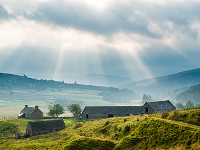 UK, Scotland, Highland, houses at A939, Highland Tourist Route - p300m1537288 by Stefan Schurr