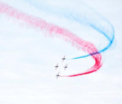 Flugshow, Armée de l'Air, Patrouille de France - p1113m959703 von Colas Declercq