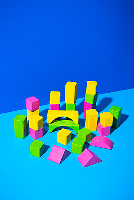 Toy blocks - p1149m2028480 by Yvonne Röder