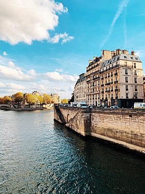 Paris - p988m2031311 von Rachel Rebibo