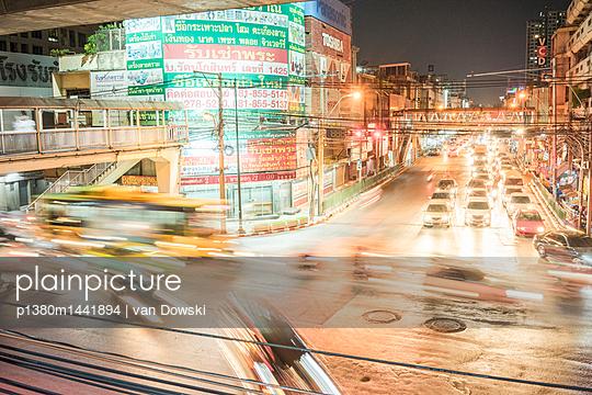 Bangkok Dämmerung - p1380m1441894 von van Dowski