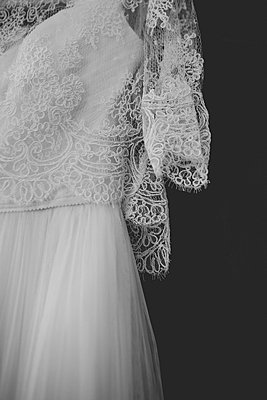 Wedding dress - p1113m1215012 by Colas Declercq