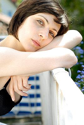 Morgens auf dem Balkon - p5200054 von Jasmin Noé