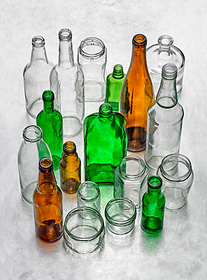 waste glass - p509m1464844 by Reiner Ohms