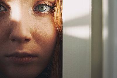 Intensiver Blick - p1694m2291702 von Oksana Wagner