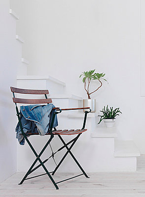 Folding Chair And Plant Pots On Stairs  - p307m660342f by AFLO
