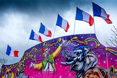 Circus with french flags - p813m1120005 by B.Jaubert